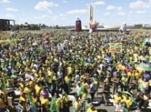 Manifestações ocorreram em várias cidades, em Brasilia os manifestantes se reuniram no Congresso Nacional. Foto: Fabio Rodrigues Pozzebom/Agência Brasil