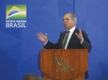 Abertura do mercado de gás pode derrubar preço em até 40%, diz Guedes