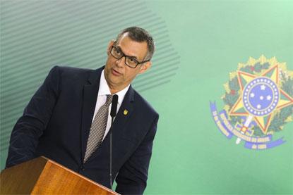 """Planalto: todo mundo vai dar sua """"cota de sacrifício"""" na Previdência"""