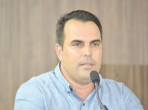 Salek Almeida anuncia retomada de atendimento odontológico na Vila Paulina
