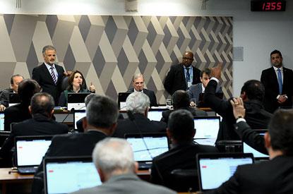 CCJ aprova relatório, e reforma da Previdência segue para plenário do Senado