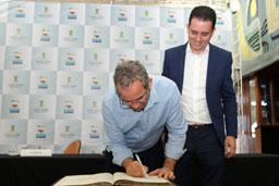 Santo André apresenta projeto de piscinão em evento internacional
