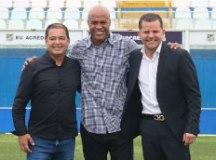 Ex-Santos e Palmeiras, Marcos Assunção vira diretor de Futebol do Água Santa