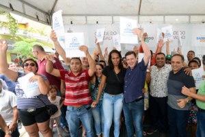 Prefeito Orlando Morando contempla mais 24 famílias com a entrega de moradias no Capelinha