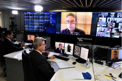 Senado aprova por unanimidade auxílio emergencial de R$ 600 para os informais