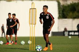 Empresário diz que Pedrinho não jogará mais pelo Corinthians