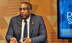 Novo ministro da Educação é derrota para olavistas e vitória para militares
