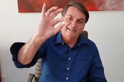Após minimizar pandemia, Bolsonaro contrai covid-19