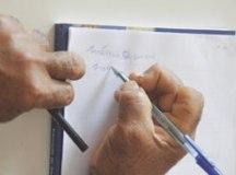 Analfabetismo cai, mas Brasil ainda tem 11 milhões sem ler e escrever