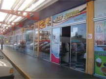 Galerias de serviços ampliam experiência de compra em supermercados da Coop