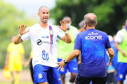 Azulão vence em Sorocaba e fica a um empate do título da Série A2