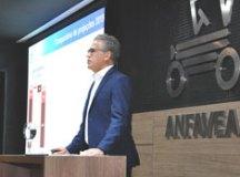 'Não queremos subsídios, queremos competitividade', diz presidente da Anfavea