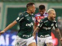 Scarpa brilha, Palmeiras vence Fortaleza e reage após decepção no Mundial