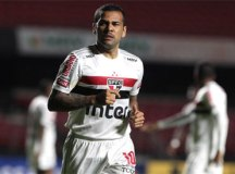 No primeiro jogo sem Fernando Diniz, São Paulo empata com o Ceará