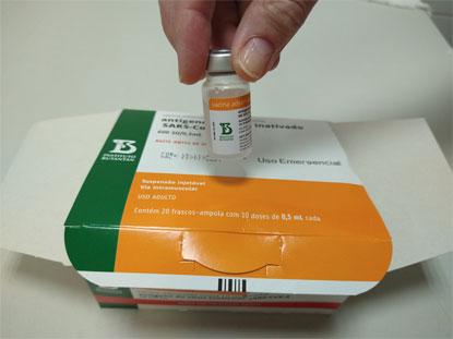 Previsão, considerando os 46 milhões de doses já contratadas, é distribuir aos estados 100 milhões da vacina até setembro. Foto: Divulgação/PMD