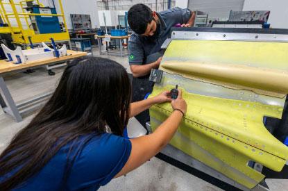 Saab entrega par de freios produzido em São Bernardo para o Gripen