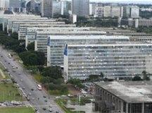 Sanção do Orçamento tem arrocho de R$ 29 bilhões, e ministérios reagem