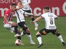 São Paulo empata com o Corinthians no final, mas tabu na arena continua
