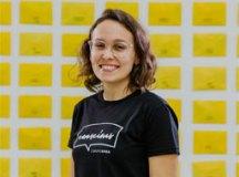 """""""Desejamos posicionar nossos parceiros e parceiras como fomentadores de debates e conversas importantes para o mercado"""", explica Stephanie Crispino. Foto: Divulgação"""
