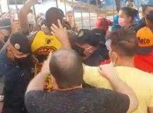 Presença da GCM provocou tumulto no CRAS Fundação. Foto: Reprodução vídeo