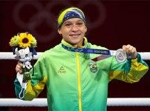 Boxeadora Beatriz Ferreira perde para irlandesa e fica com a prata em Tóquio