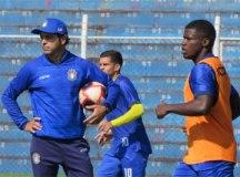 São Caetano segue rotina de treinos com a cabeça na Copa Paulista