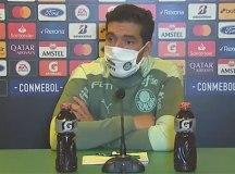 Abel vê 'plano cumprido' e celebra retorno de 'solidez defensiva' do Palmeiras