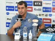 Apresentado, Carille diz que o Santos tem de pensar alto e faz elogios ao elenco