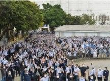 Trabalhadores da GM em S.Caetano entram em greve por reajuste salarial