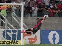 São Paulo empata o quinto jogo seguido, e Tiago Volpi evita derrota para o Cuiabá