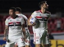 Na estreia de Ceni, São Paulo empata com Ceará e amarga 6ª igualdade seguida