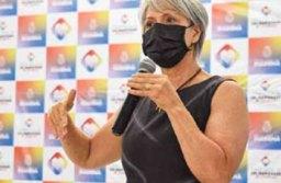 """""""Precisamos falar abertamente sobre menstruação,"""" explica a primeira-dama Inês Maria, presidenta do Fundo Social. Foto: Reprodução Facebook"""