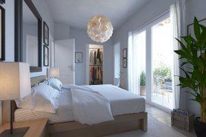 Espacioso y luminoso dormitorio.