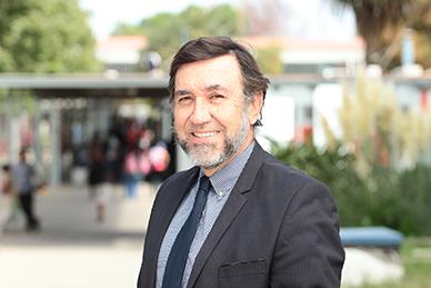 """""""Chile tiene que exportar inteligencia"""", José Zagal, Académico de la U. de Santiago"""