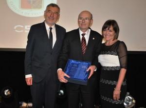 PUCV recibió Premio RSE 2014 otorgado por la Cámara Regional del Comercio de Valparaíso