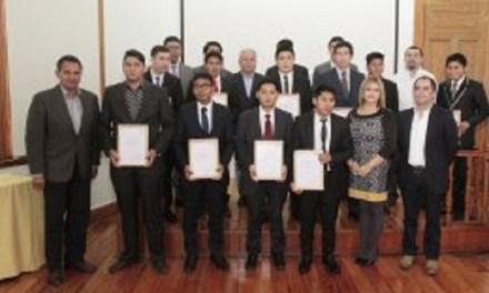 Participantes de programa Aprendices Collahuasi recibieron su certificación