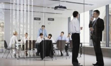 Bajo uso de las habilidades y competencias de los chilenos impacta en la productividad de las empresas