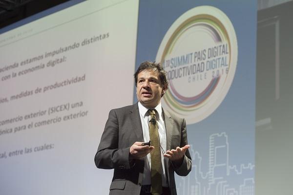 Chile necesita formación orientada a las nuevas tecnologías