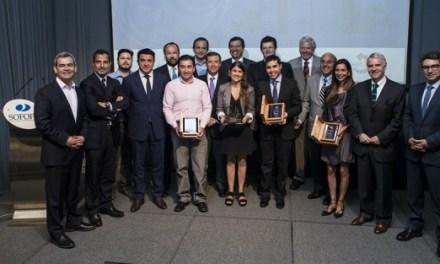 Centro de Sostenibilidad Corporativa UAI entregó premio junto a SOFOFA y Revista Capital