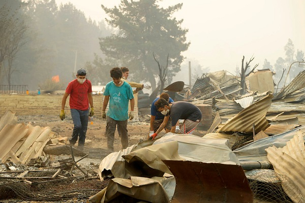 ¿Cómo actúa la sociedad civil en la catástrofe?