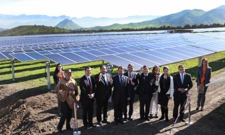 Inauguran la mayor planta fotovoltaica de la Región Metropolitana