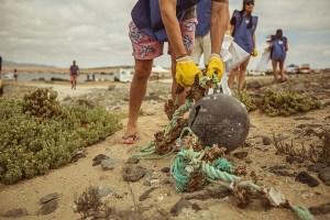 Voluntarios Por El Océano viajará hasta el archipiélago Juan Fernández a realizar limpieza de playas