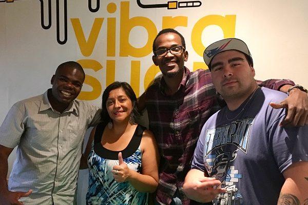 Radio Vibrasyon busca unir la cultura migrante de Chile