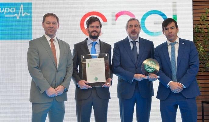 """EnelDistribución entregó""""Sello Verde""""alGrupo de Salud Bupa Chile"""