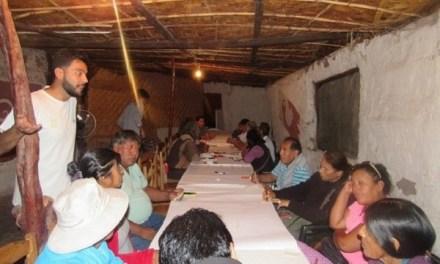 Jóvenes exponen temática sobre aporte de sistema de Iluminación solar al mejoramiento ambiental en Matilla