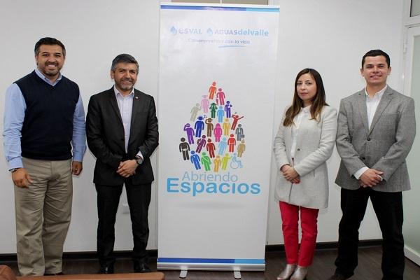 Autoridades conocieron acciones de Esval en el ámbito de la inclusión laboral