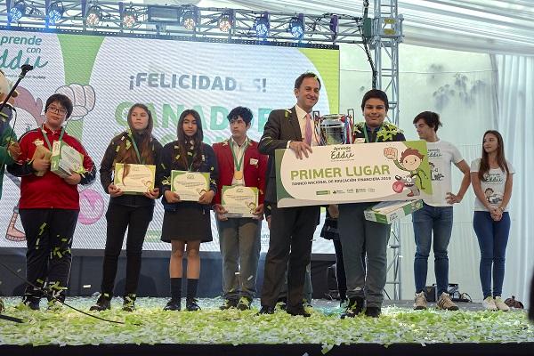 44 colegios de Arica a Punta Arenas participaron en torneo de educación financiera