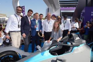 Enel X entrega la energía a los bólidos eléctricos de la Formula E con nuevos supercargadores