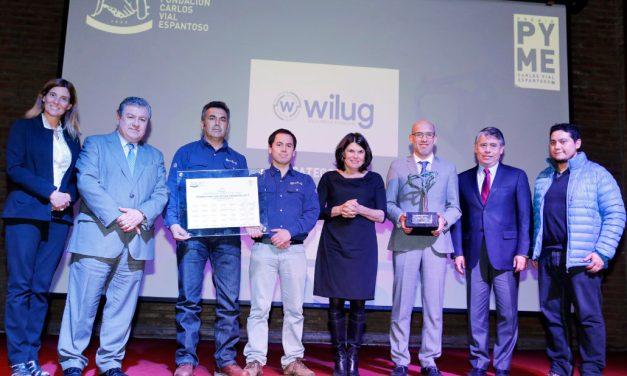 Flexibilidad laboral y redes de apoyo, los pilares en gestión de personas por los Wilug fue reconocida por el Premio Pyme Carlos Vial Espantoso