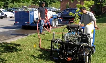 Chilenos traen tecnología que reduce a casi la mitad el agua de riego para pastos